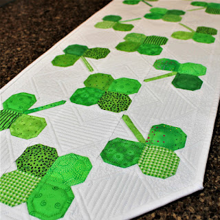 ST PATRICK'S DAY DECOR-CLOVER-HOLIDAY TABLERUNNER-GREEN DECOR-QUILT PATTERN