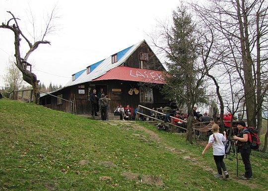 """Studenckie Schronisko Turystyczne """"Lasek"""", znane również pod nazwą """"Chatka Elektryków"""""""