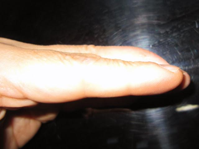 左手のマレット指