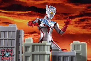 S.H. Figuarts Ultraman Taiga 23