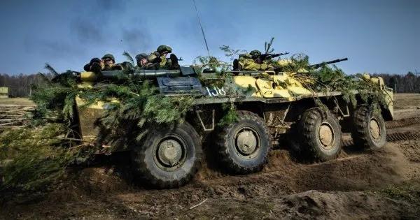 Δεύτερο μέτωπο από την Ρωσία: Λευκορωσικές τεθωρακισμένες μονάδες έτοιμες να μπουν στην Ουκρανία!