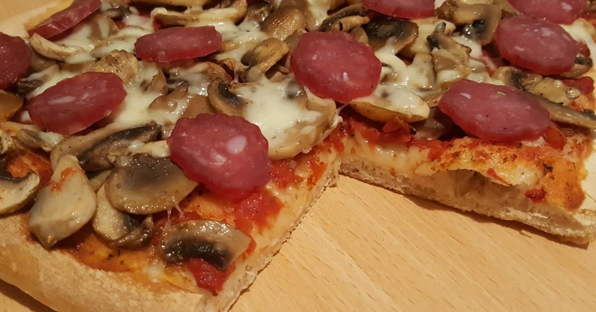 Le ricette di claudia andre pizza con funghi for Pizza con planetaria