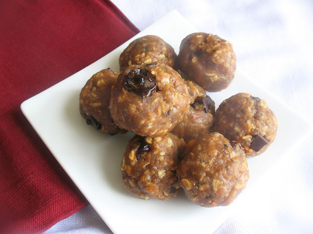 Oat and Peanut Butter Energy Nibbles