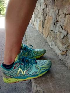 chaussures de courses New Balance trottoir exercice de physiothérapie