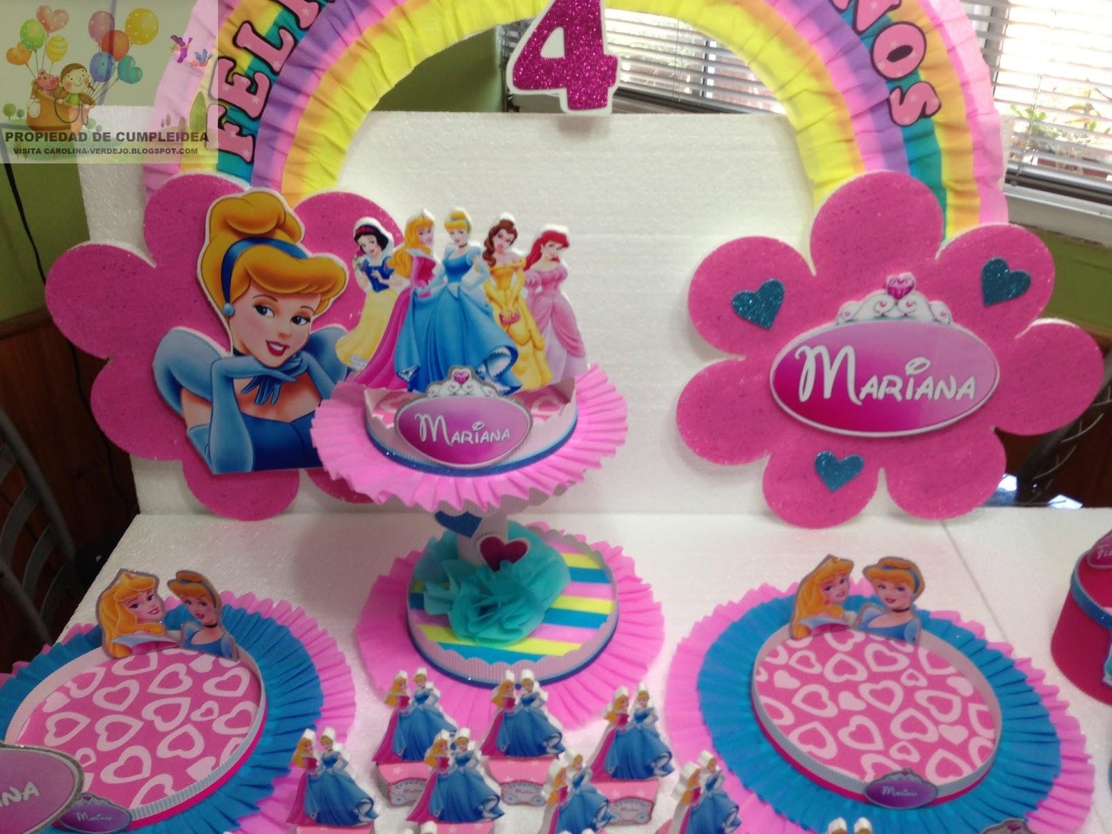 Decoraciones infantiles princesas for Adornos para pieza de bebe
