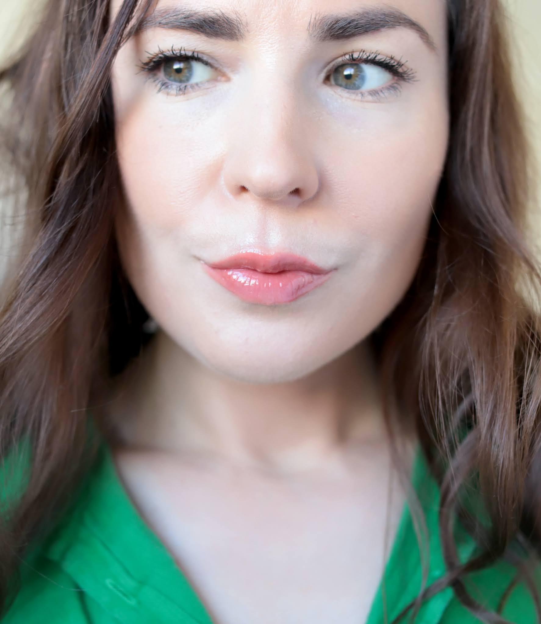 Sensai Sily Bronze Compact Light total lip gloss