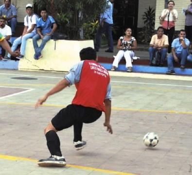 Varios monarcas nacionales integran preselección cubana de fútbol sala 57bc4f31c72da