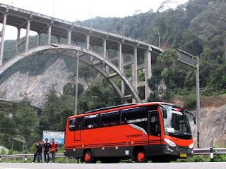 Bus Pariwisata Pekanbaru 22