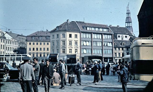 ~1970 год. Рига. Киносъемочный день на площади 17 Июня