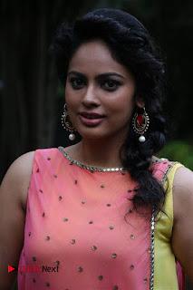 Tamil Cinema Actress Nandita Swetha Pictures at Ulkuthu Audio Launch 0025