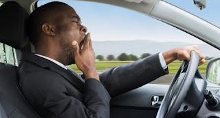 Tidak fokus mengemudi