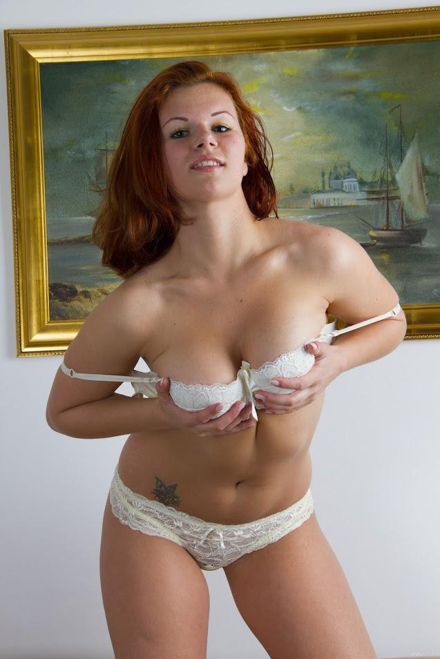 [EroticBeauty] Feya - Presenting