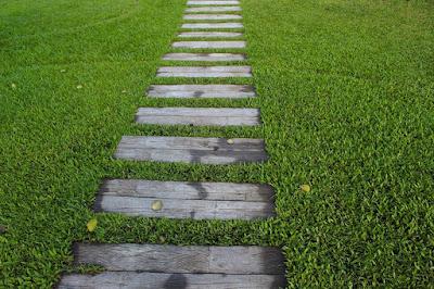 camminamento-giardino-legno