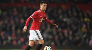 Herrera Bertahan di Manchester United