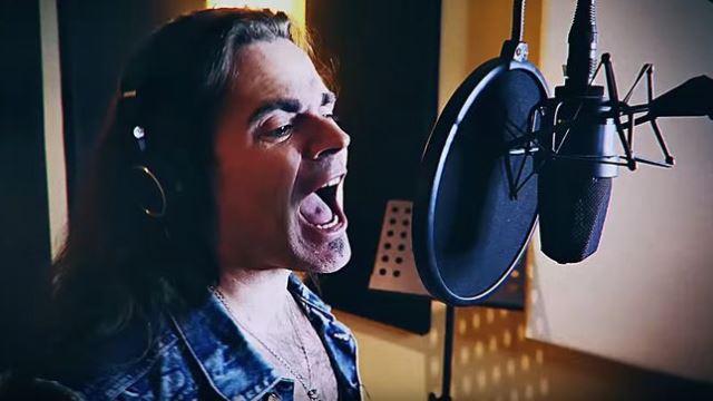 "BONFIRE: Video για το νέο κομμάτι ""The Devil Made Me Do It"""