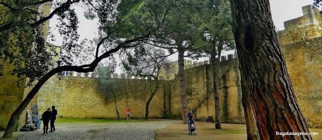 O Castelo de São Jorge, em Lisboa, na véspera de Natal, em 2012