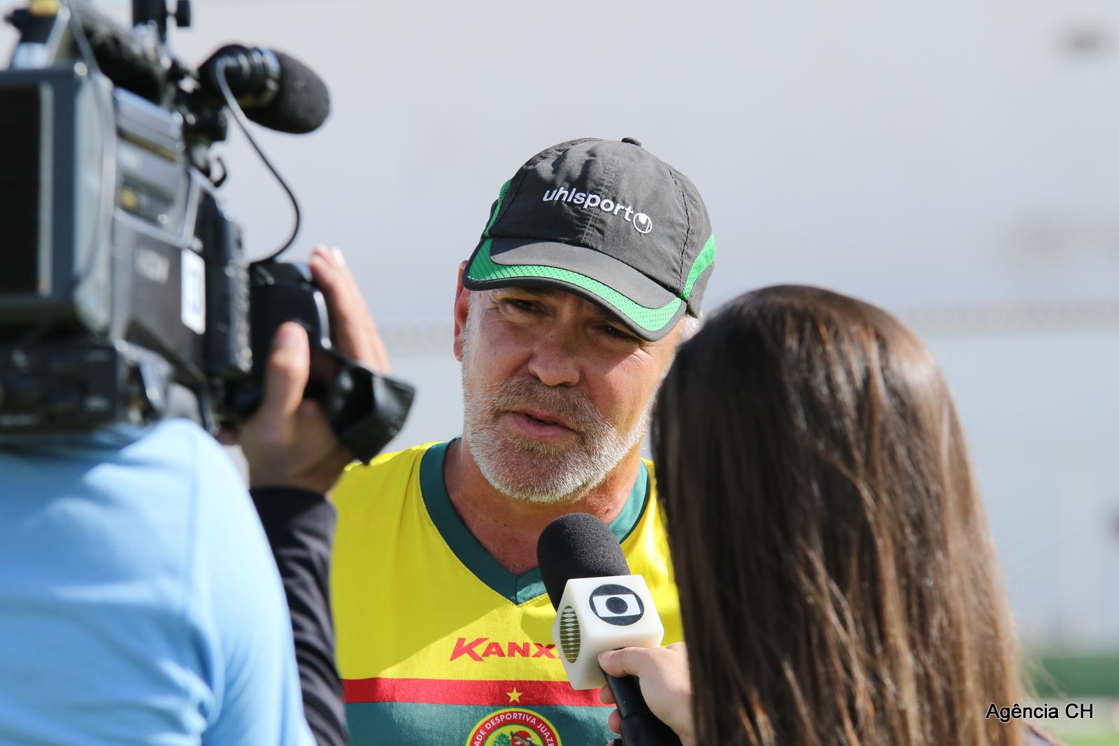 (Foto  Carlos Humberto) Treinador Zaluar pede foco na partida contra o  Jacobina 77714018e42ed