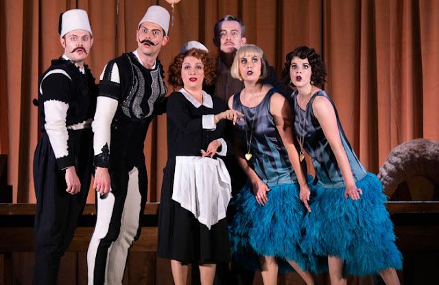 Mozart: Le nozze di Figaro - Nick Pritchard, Martin Hassler, Carolina Lippo, John Molloy, Alexandra Lowe, Katie Coventry - Nevill Holt Opera 2019 (Photo Ellie Kurtz)
