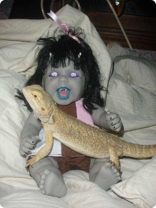 Weird Funnies: Creepy, Scary, Ugly Dolls (Part 1