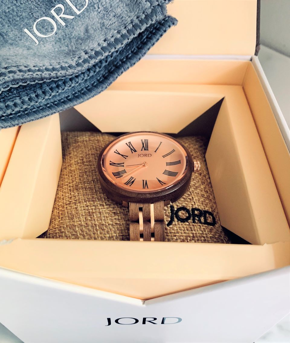 #JordWatches Cassia arrives in gift box #ad