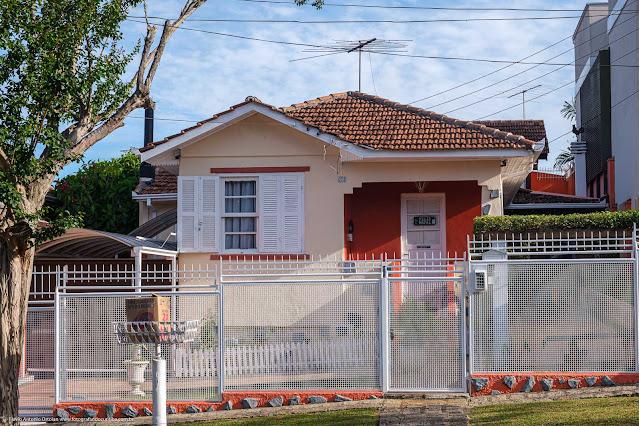 Uma casa bem bonita na Rua Monte Castelo