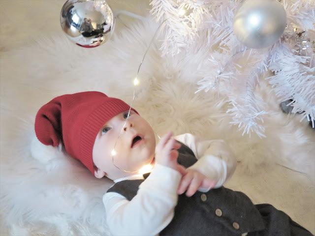 Raskasta Joulua musiikin lisäksi kuusen valot olivat tämän joulun hitti