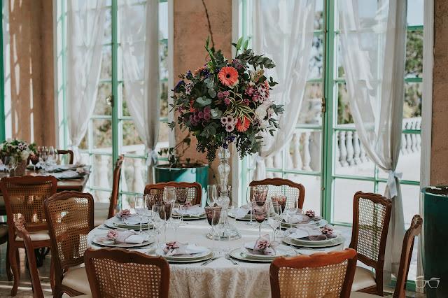 casamento real, casamento rústico, decoração rústica, mesa do bolo, casamento a céu aberto, casamento no jardim, casamento no campo, flores do campo,  villa giardini, decoração rústica, casamento rústico