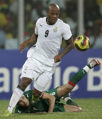 Former black stars striker Junior Agogo is dead