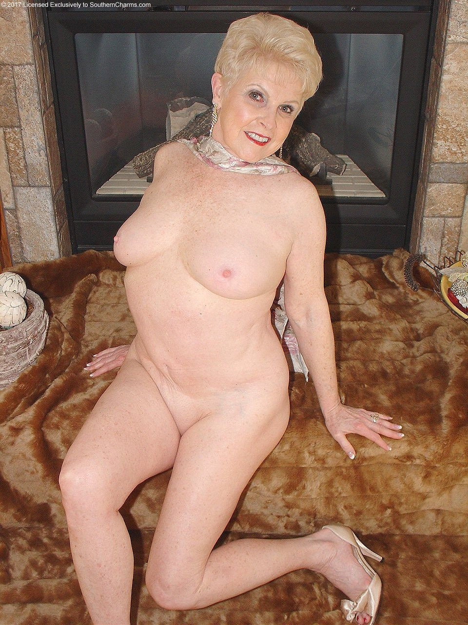 Pics old milf Restricted