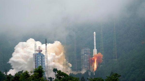 Gobierno de China activa sistema propio de navegación satelital