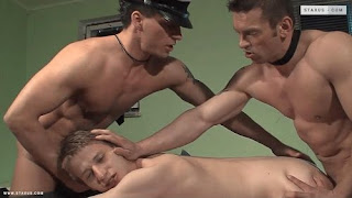 Frodo Kaspy, Lubor Turek and Gery Rake in a police officer threesome! (Bareback)