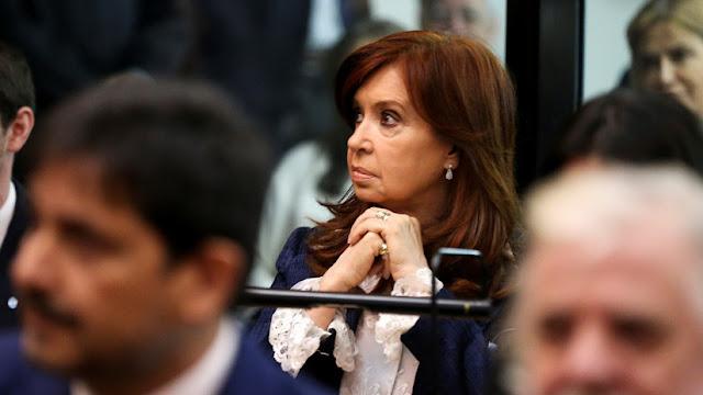 Cristina Kirchner queda al borde de un nuevo juicio oral por los documentos históricos hallados en su domicilio