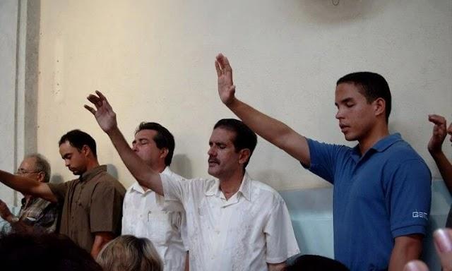Cuba censura mensagens de pastores cristãos na TV e no rádio