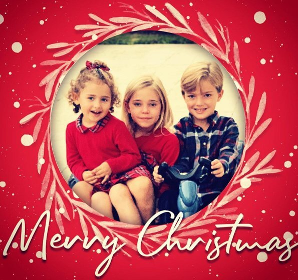 Princess Leonore, Princess Adrienne and Prince Nicolas wished everyone a merry Christmas. The photo was taken by Princess Madeleine in Miami