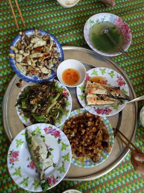 Bữa ăn do đích thân chủ nhà nấu