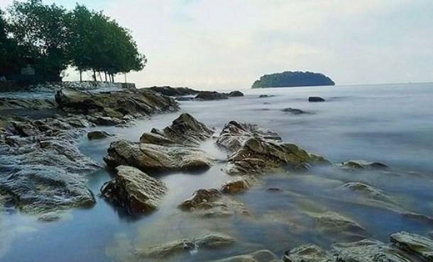 Wisata Pantai Benteng Portugis Jepara