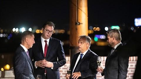 A szerb államfőt, valamint a cseh és a szlovák miniszterelnököt fogadta Orbán Viktor