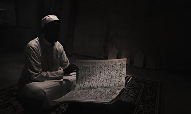 https://www.abusyuja.com/2020/03/inilah-4-tanda-tanda-kehancuran-islam.html