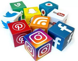 10 أسئلة مقابلة على وسائل التواصل الاجتماعي وكيفية الإجابة عليها