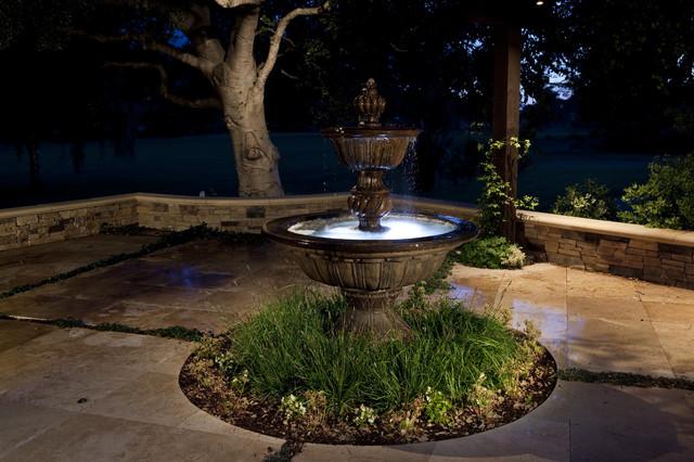 Homemade Water Fountain For Unique Small Garden View ... on Home Garden Fountain Design id=40204