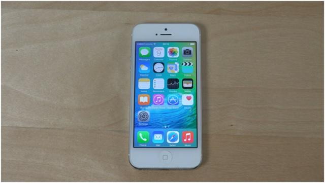 Thay màn hình iPhone 5 chính hãng tại hà nội