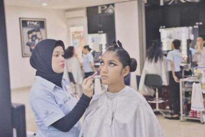 Sekolah Kecantikkan Wajib Anda Ikuti Agar Menjadi Profesional