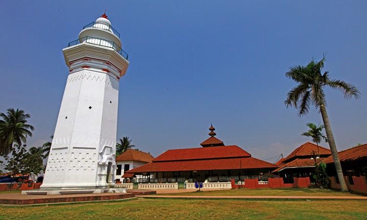 Masjid Agung Banten, Masjid Megah yang Sarat Nilai Sejarah