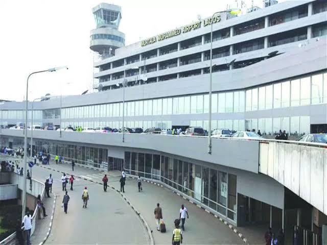 Airport Staff Returns Misplaced N2.3M