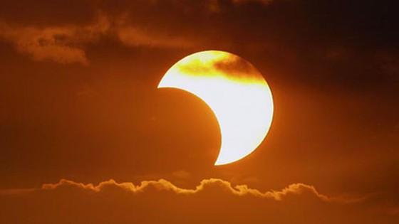 Eclipse solar poderá ser visto em Cajobi, de forma parcial