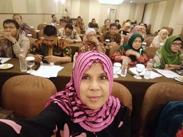 Ini Dia Nelty Khairiyah, Guru Agama SMA 87 Jakarta Yang Mendoktrin Muridnya Untuk Benci Jokowi, Ternyata Dia Penyembah Rizieq
