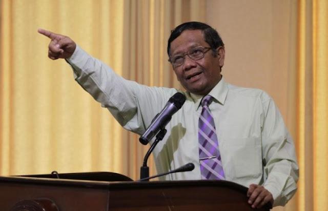Mahfud MD Beri Peringatan: Bulan Depan 99% Hampir Pasti Indonesia Resesi
