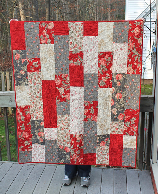 Tifton Tiles Fat Quarter Quilt Free Tutorial Designed by Chrissy from Sewlux