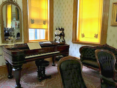 Pianoforte in the formal parlor of the US Grant home in Galena, IL.