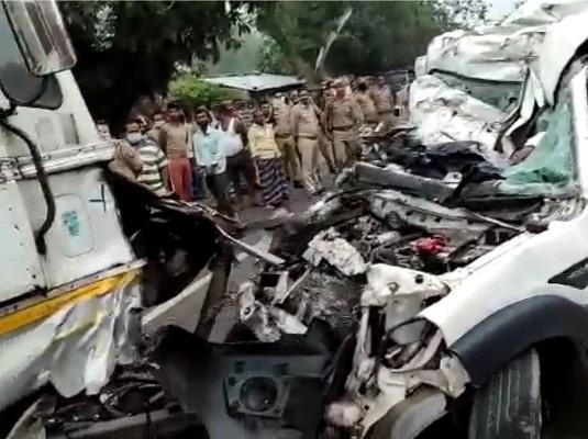 Pratapghar road accident